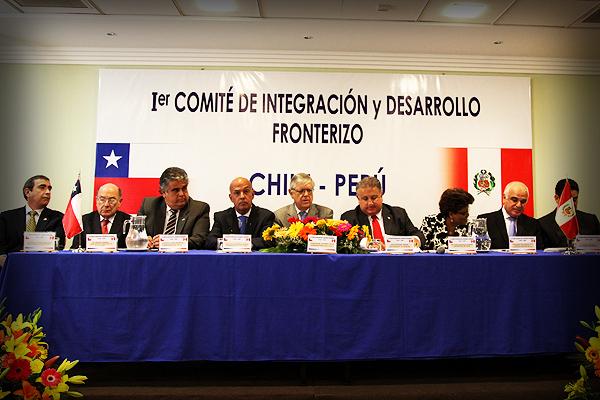Santiago y Lima firmaron un nuevo reglamento fronterizo