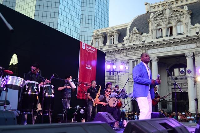 Con bailes, música y seminario Santiago celebró el Día del Migrante