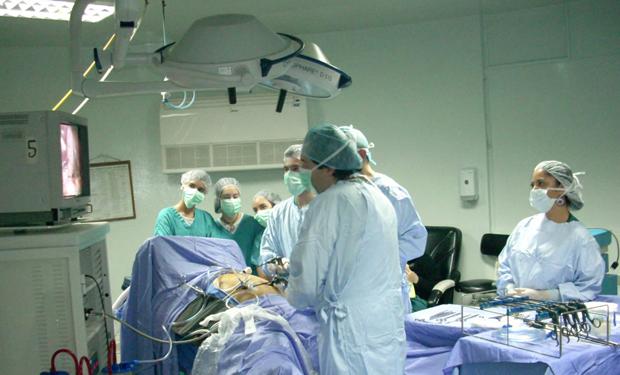 Colegio Médico pedirá a diputados intervenir contra fallo que permite a extranjeros trabajar sin rendir Eunacom