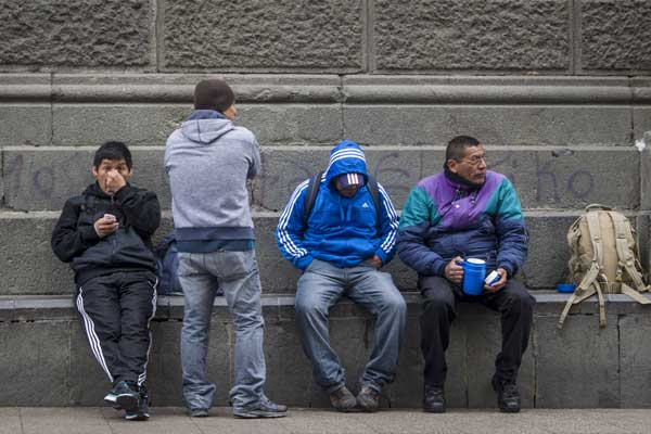 Preocupa en Chile situación de inmigrantes peruanos tras fallo de La Haya