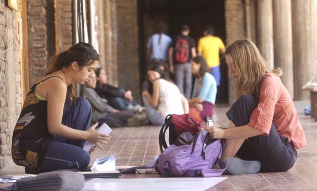 Becas de Inglés CORFO para chilenos y extranjeros