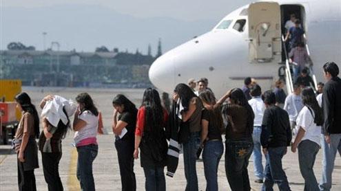 Obama deportó 2 millones de inmigrantes: activistas