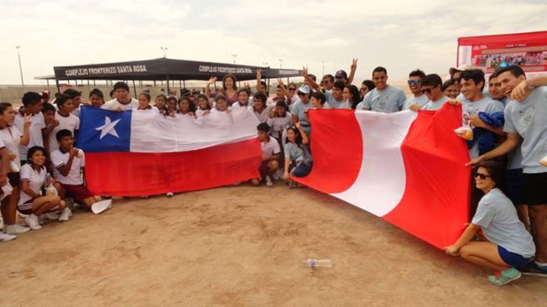 Escolares de Perú y Chile se unen para promocionar actividad física