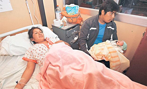 Los hijos de extranjeros nacidos en medio del terremoto