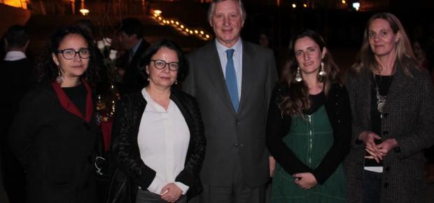 Ministra de Cultura se reunió con representantes de la comunidad peruana en torno a proyecto Patrimonio Migrante
