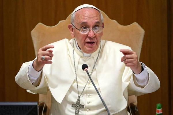Papa pidió mayor acción contra el tráfico de inmigrantes