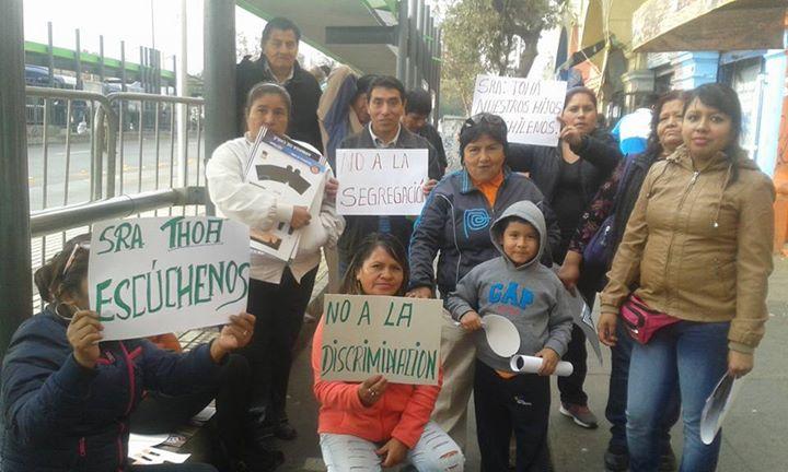 Municipalidad de Santiago desaloja a migrantes de Edificio en General Mackena