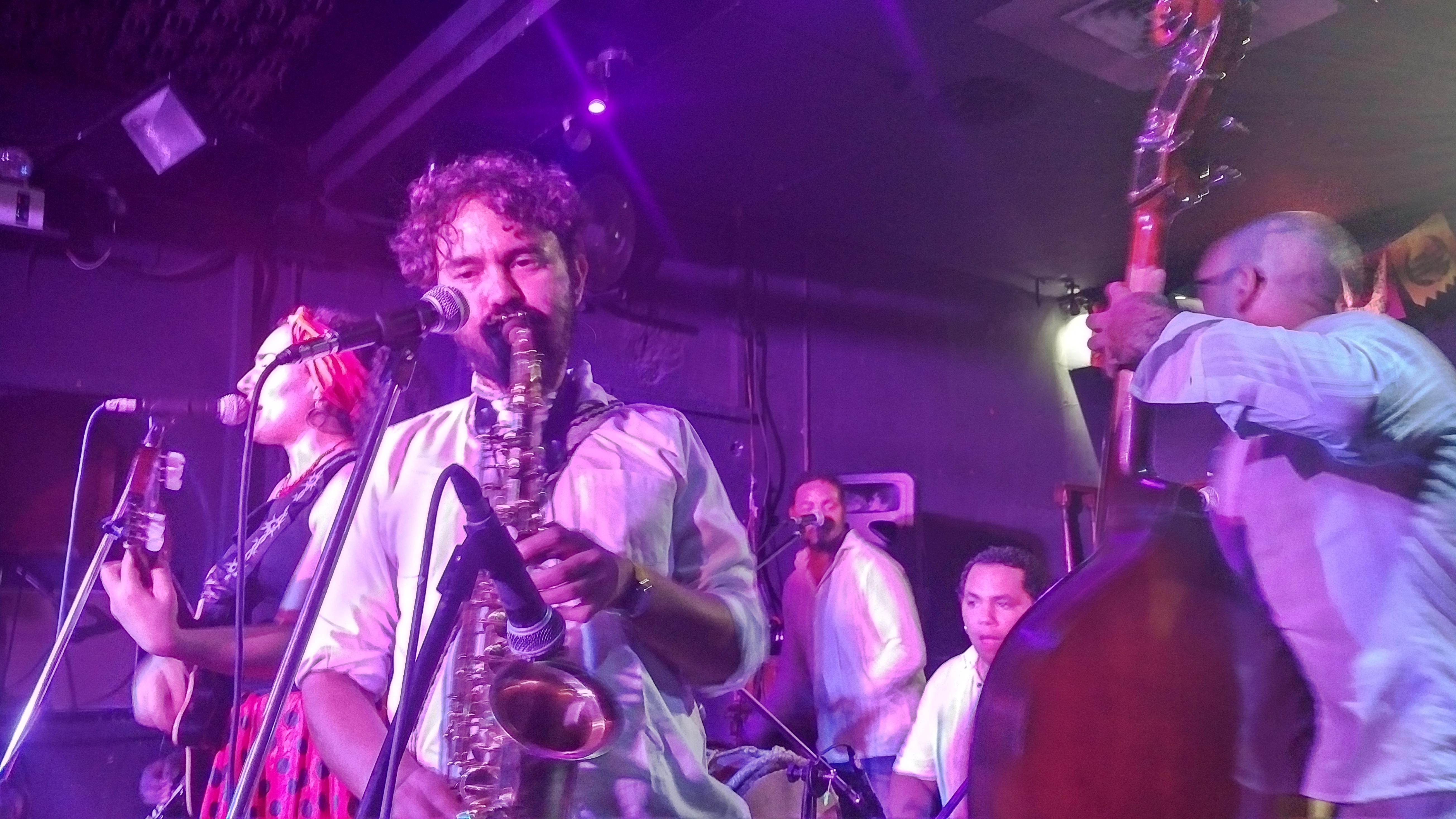 Alé Kumá: la banda de folcklor colombiano que competirá en el Festival de Viña del Mar
