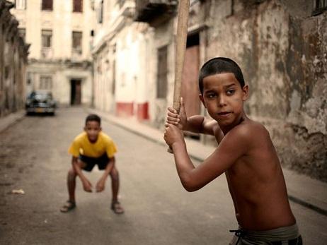 Te lo dice un cubano, te lo dice un amigo*