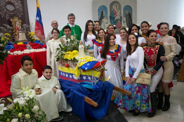 Comunidad venezolana conmemora aniversario patrio al ritmo de Danzas Venezolanas en Chile