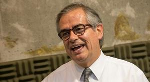 Cónsul de Colombia conversa sobre la I Feria de Servicios