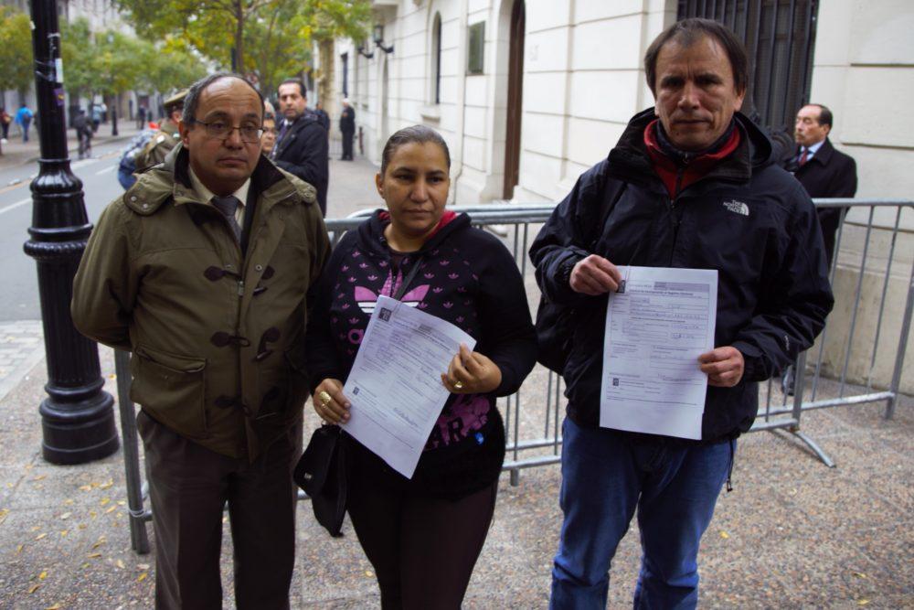 Con los primeros inscritos ante el SERVEL se inició campaña Voto Migrante