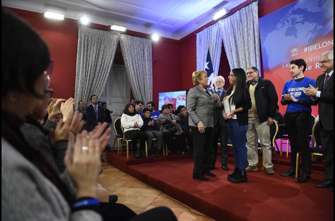 """Presidenta Bachelet encabeza lanzamiento del proyecto """"Chile Reconoce"""", para rectificar nacionalidad chilena de hijos de extranjeros transeúntes"""
