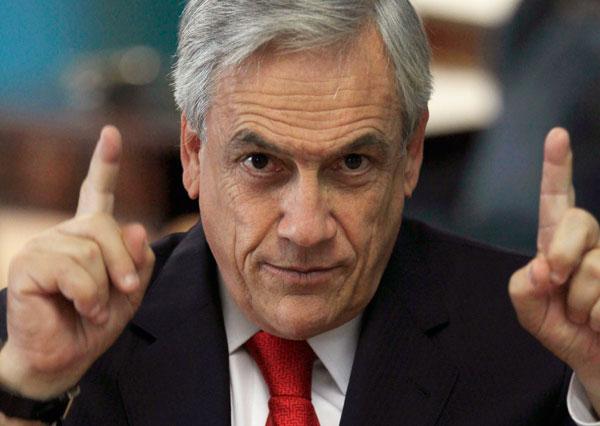 """La opresión contra el asilo: El desprecio de Piñera a """"ciertos"""" inmigrantes"""