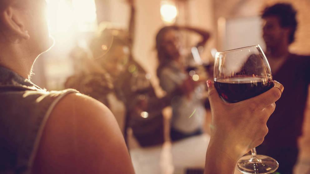 Nuestros vecinos no nos dejan dormir con sus fiestas… y no son extranjeros