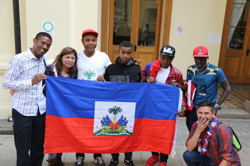 Revisa las postales que dejó la celebración en Chile del 215º aniversario de la Bandera de Haití