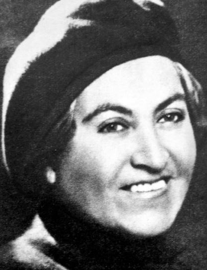 Gabriela Mistral entre las 100 mujeres que cambiaron el mundo.
