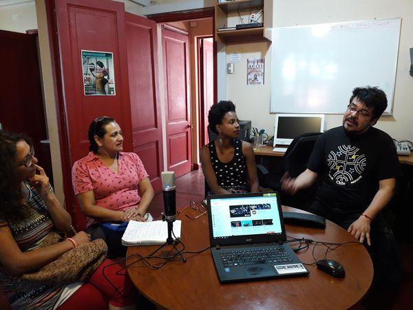 ECO realiza taller de radio con migrantes