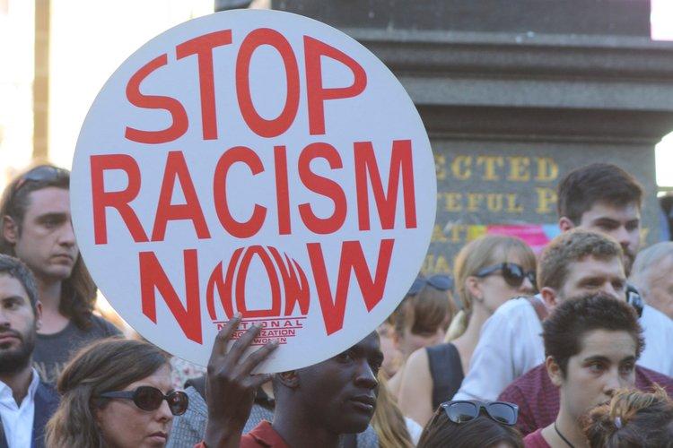 George Floyd y Joane Florvil: víctimas del racismo y la violencia policial