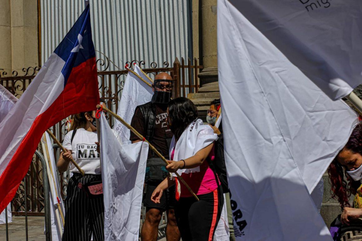 Banderazo migrante por la regularización y contra la criminalización de los pueblos